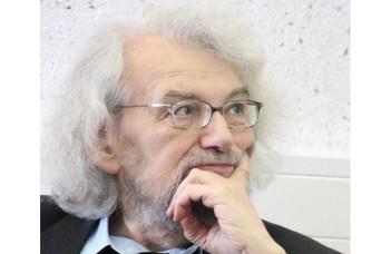 Csákó Mihály (1941-2019)