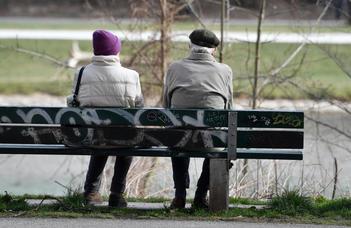 Nagyon elnagyolt fogalmaink vannak az idősekről (444.hu)